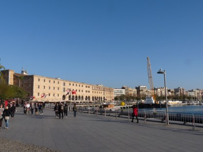 And here's Port Vell on the sunny afternoon of December 26th