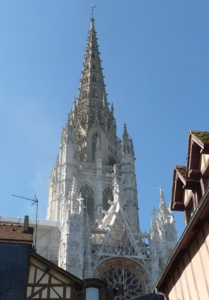 Saint Maclou,its spire clean and restored, but still not re-opened for business.