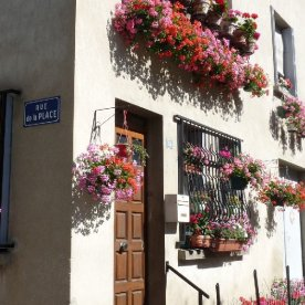 Our favourite house on Rue de la Place: always cheery with flowers