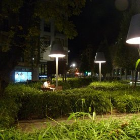 By day, a busy roundabout outside the Alhóndiga. By night, a peaceful place to relax.