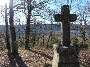 St. Hubert's the patron saint of hunters. No wonder he has a cross round here.