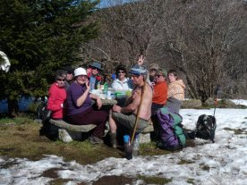 A cheerful picnic.