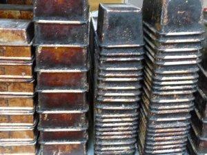 Off-duty loaf tins.