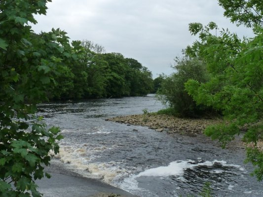 ... and passes the weir.