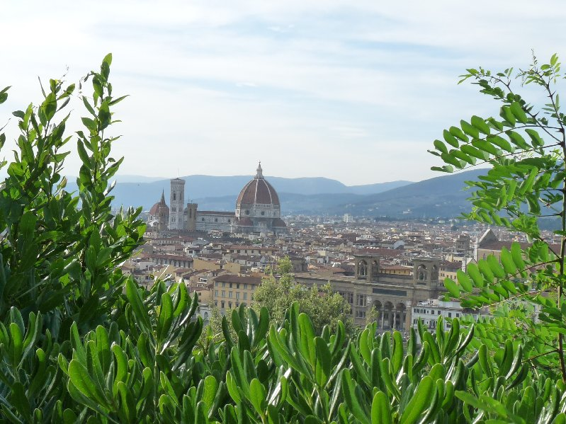In the end though, I have to give you one picture postcard.  Here is the Duomo, seen on the path towards Piazzale Michelangelo.