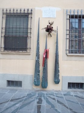 Monument to the Italian Resistance in WWII, in Piazza Santo Spirito.