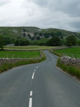 Climbing towards Kettlewell ....