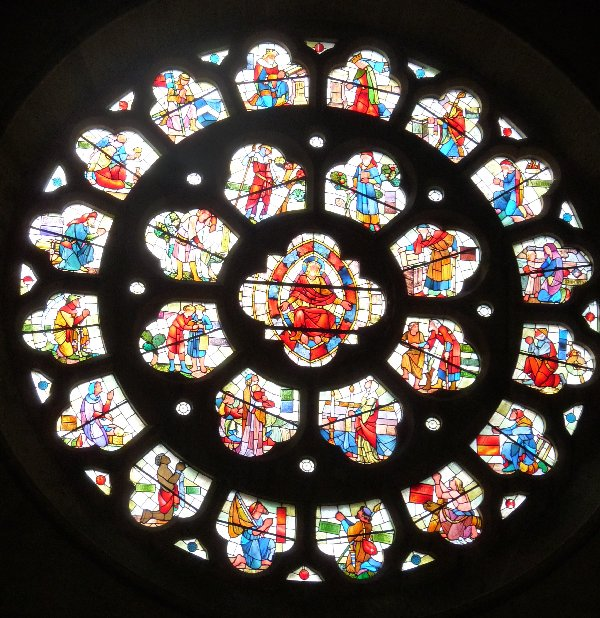 The rose window.