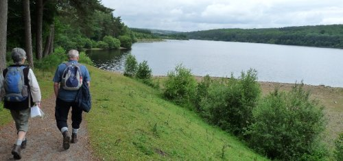 Starting round Swinsty reservoir.  It's not raining yet......