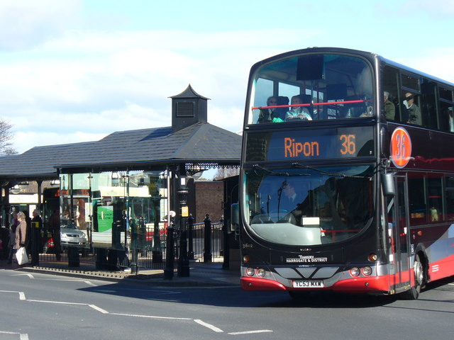 The 36 bus leaving Leeds for Ripon (Wikimedia Commons)