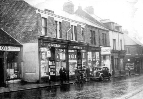 Old Grange Road, Jarrow, c. 19502(?) (geordstoree.com)