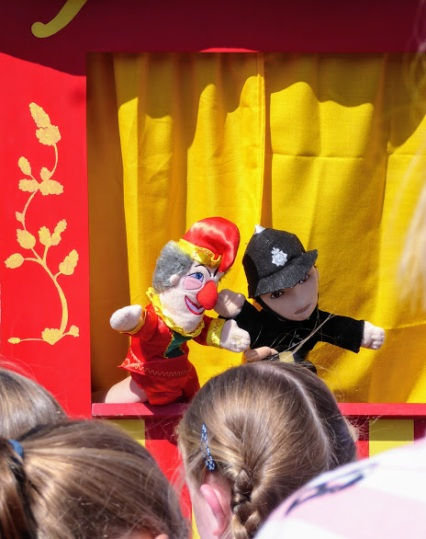 Good old Punch and Judy: 'That's the way to do it!'