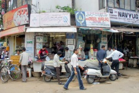 Garland sellers at Bangalore market