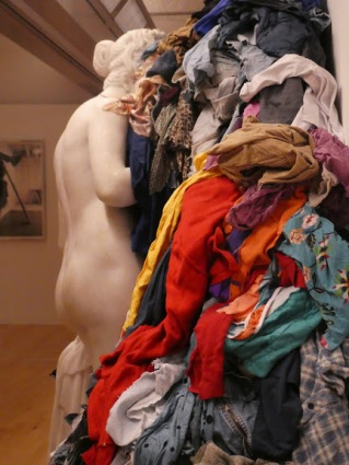 Michelangelo Pistoletto: Venus of the Rags, 1967, 1974.