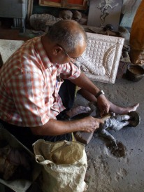 Bronze worker in Kumbakonam
