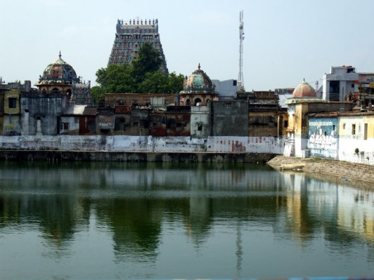 Kumbeshwara and its water tank.