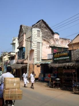Another street scene, Thanjavur.