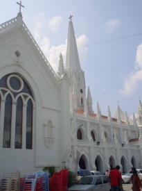 San Thome Catholic Cathedral: dating from the days when Madras (Chennai's former name) was part of the Portuguese Empire.