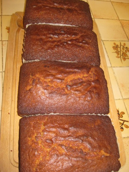 Mass-produced marmalade loaf cake.