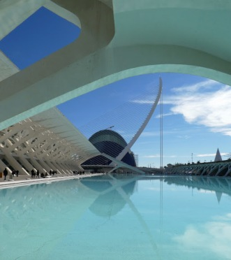 Smooth flowing architectural lines, smoothly polished concrete, smooth mirrored reflections on smooth water: La Ciudad de las Artes y las Ciencias, Valencia.
